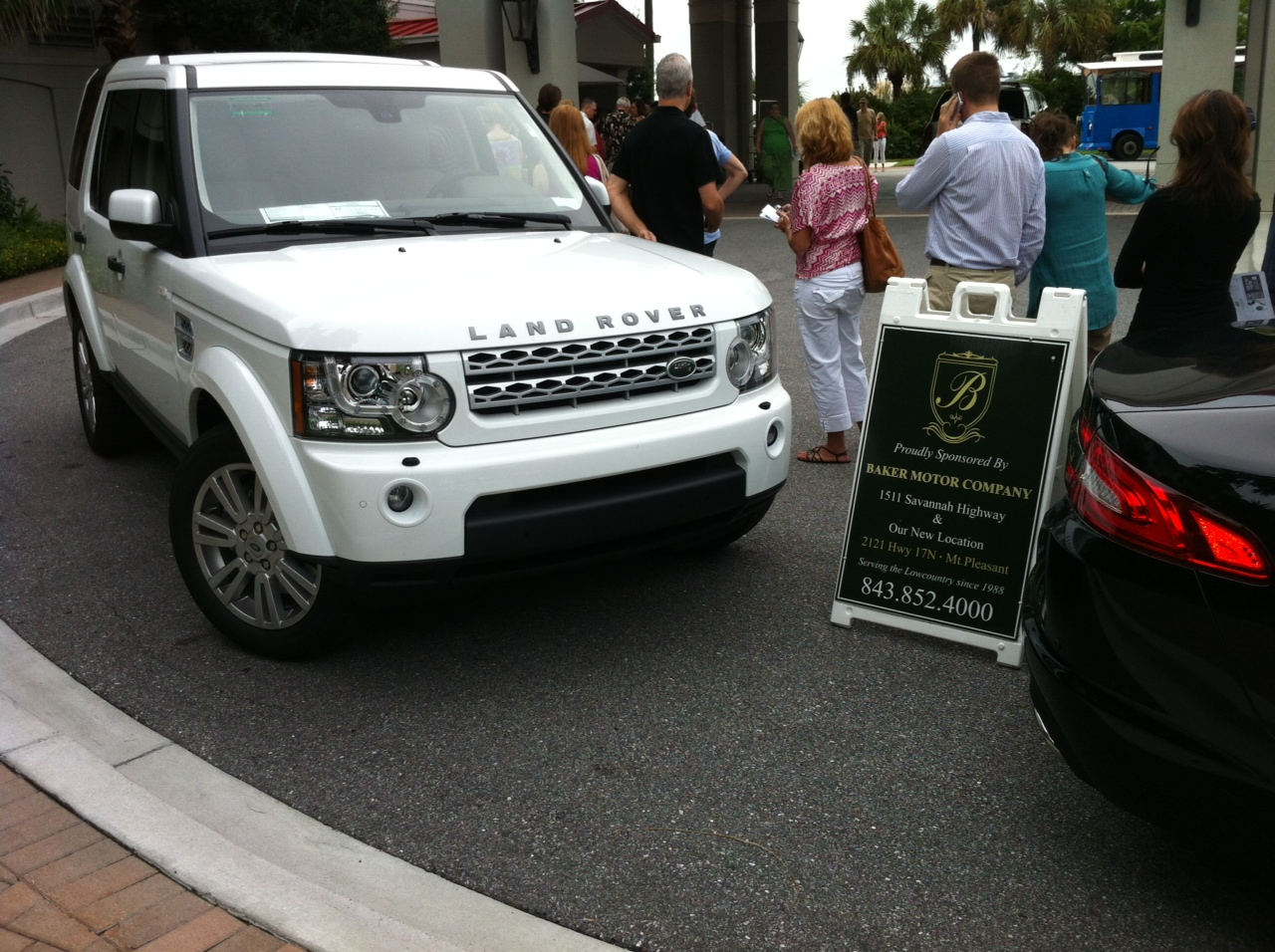 Land rover and jaguar vehicles featured at 2013 charleston for Baker motor company land rover
