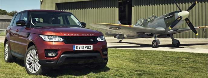 Range Rover Usa >> All New Range Rover Sport Takes On Mighty Spitfire In A Unique Duel