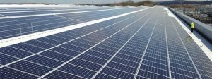 75184-jaguar-land-rover-installs-uks-largest-rooftop-solar-panel-array-at-its-engine-manufacturing-centre_Cropper_Header