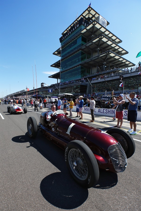 "KEY SHOT: Maserati 8CTF ""Boyle Edition"" Runs Historic Lap In Commemoration Of Indianapolis 500 Two-Time Victory"