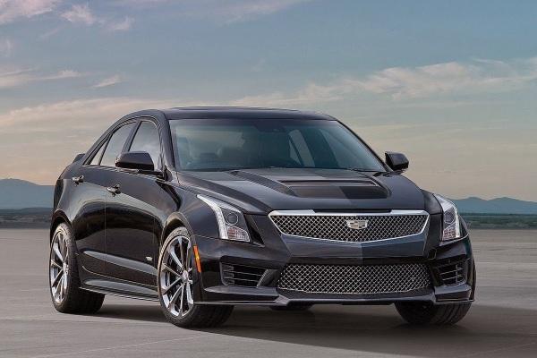 2016-Cadillac-ATS-V-Sedan-01 (1)