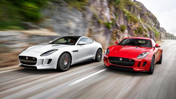 Jaguar_F-TYPE_Coupé_Jaguar_48949
